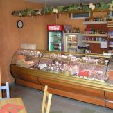 2006 - Predajňa LARK Skalica - kompletné zariadenie predajne lahôdok