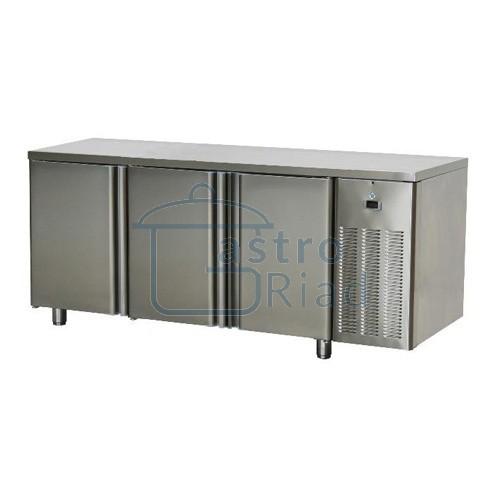 Zobraziť tovar: Stôl chladiaci, 3 x dvere, SCH-3D